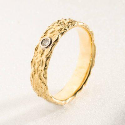 """Bague or jaune et diamant """"Écorce"""""""