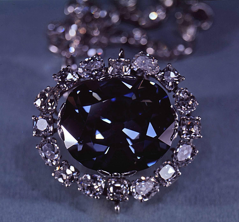 Le Diamant Hope Le Plus Celebre Joyau Du Monde Maison Bianchi