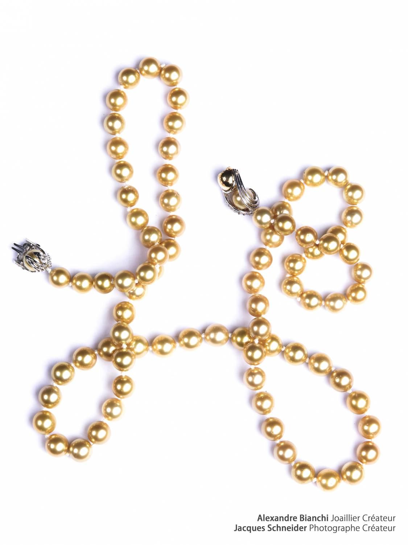 Des perles pour les noces de perles   Photo : Sautoir « Fleuve Pactol » BIANCHI