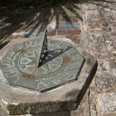 Le cadran solaire - Histoire de l'horlogerie partie I