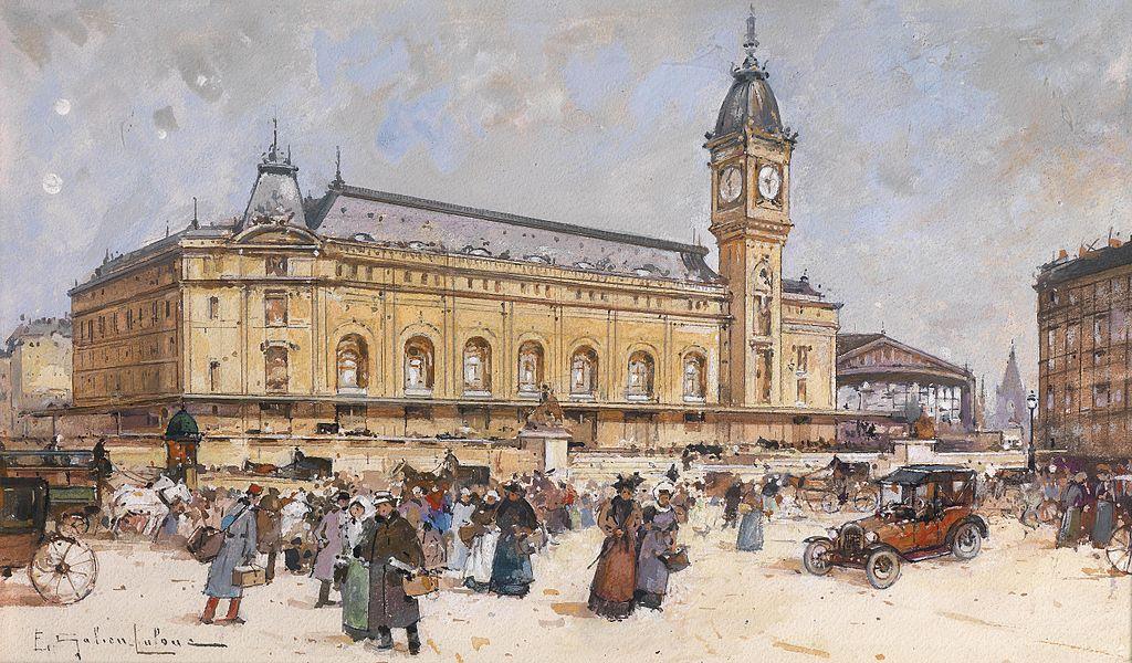 L'impressionnante tour de l'horloge de la Gare de Lyon