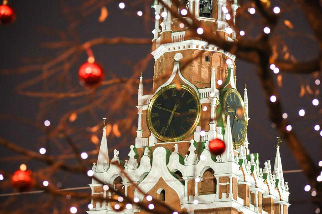 Au fil des siècles, l'horloge du Kremlin chante de nombreux airs