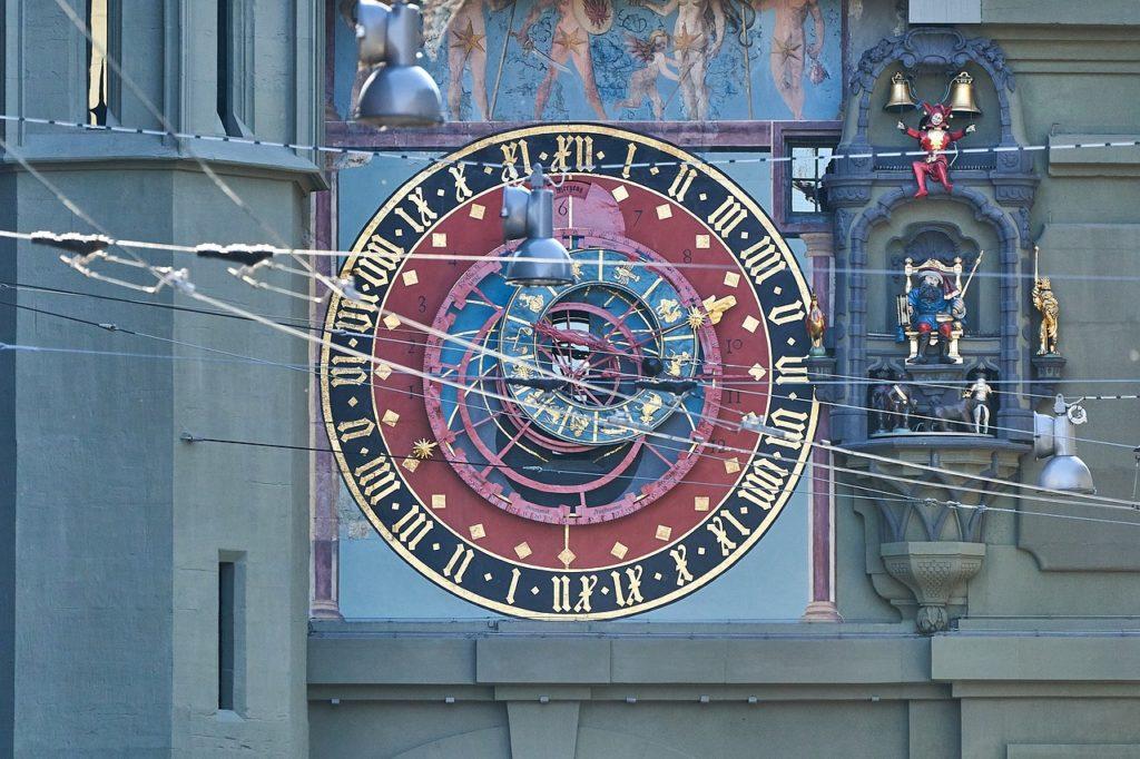L'horloge astronomique de la Zytglogge et ses multiples détails