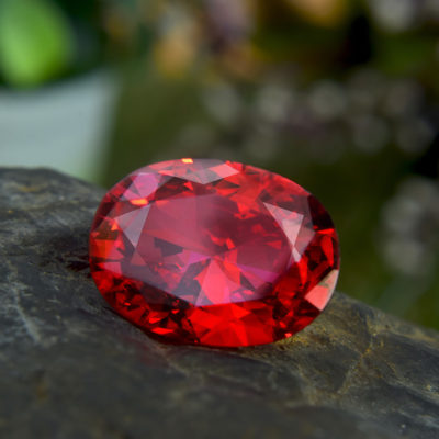 Le rubis : une pierre précieuse très prisée